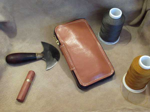 RoyalPoint Janus Statioinery Case Medium Brown Leather